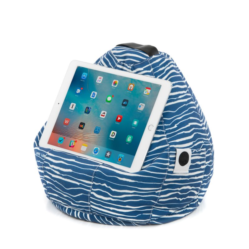 vw_beancaddy_wellen_02_vienna_woods_ipad_bean_beancaddy_caddy_bag_designer_design_print_fashion_style_home_outside_indoor_sun